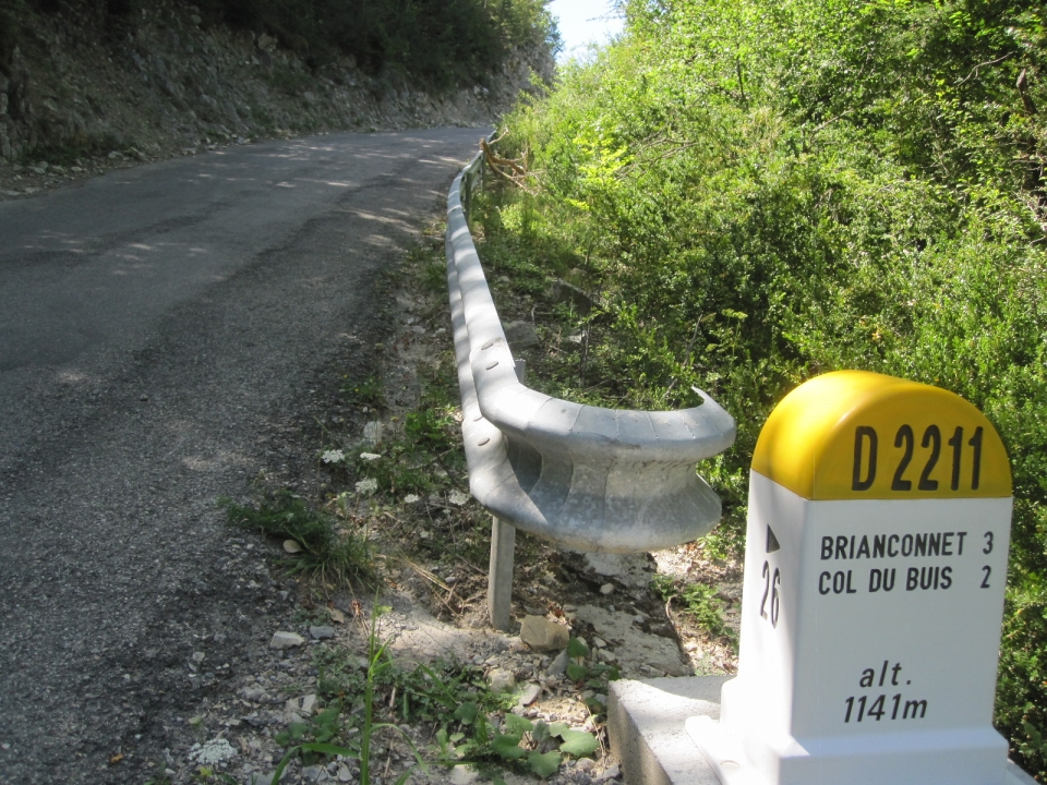 Col du Buis is only 4kms from the junction to the top, but everyone always remembers this one.....:))